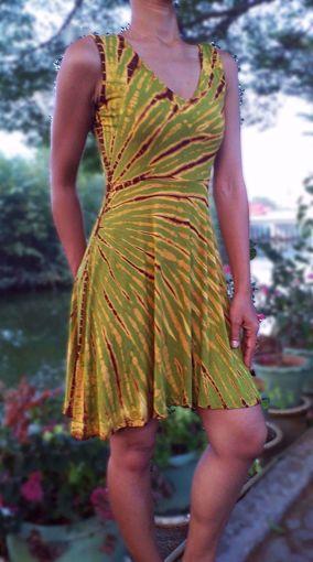 Imagen de Vestido viscosa tie dye esmeralda
